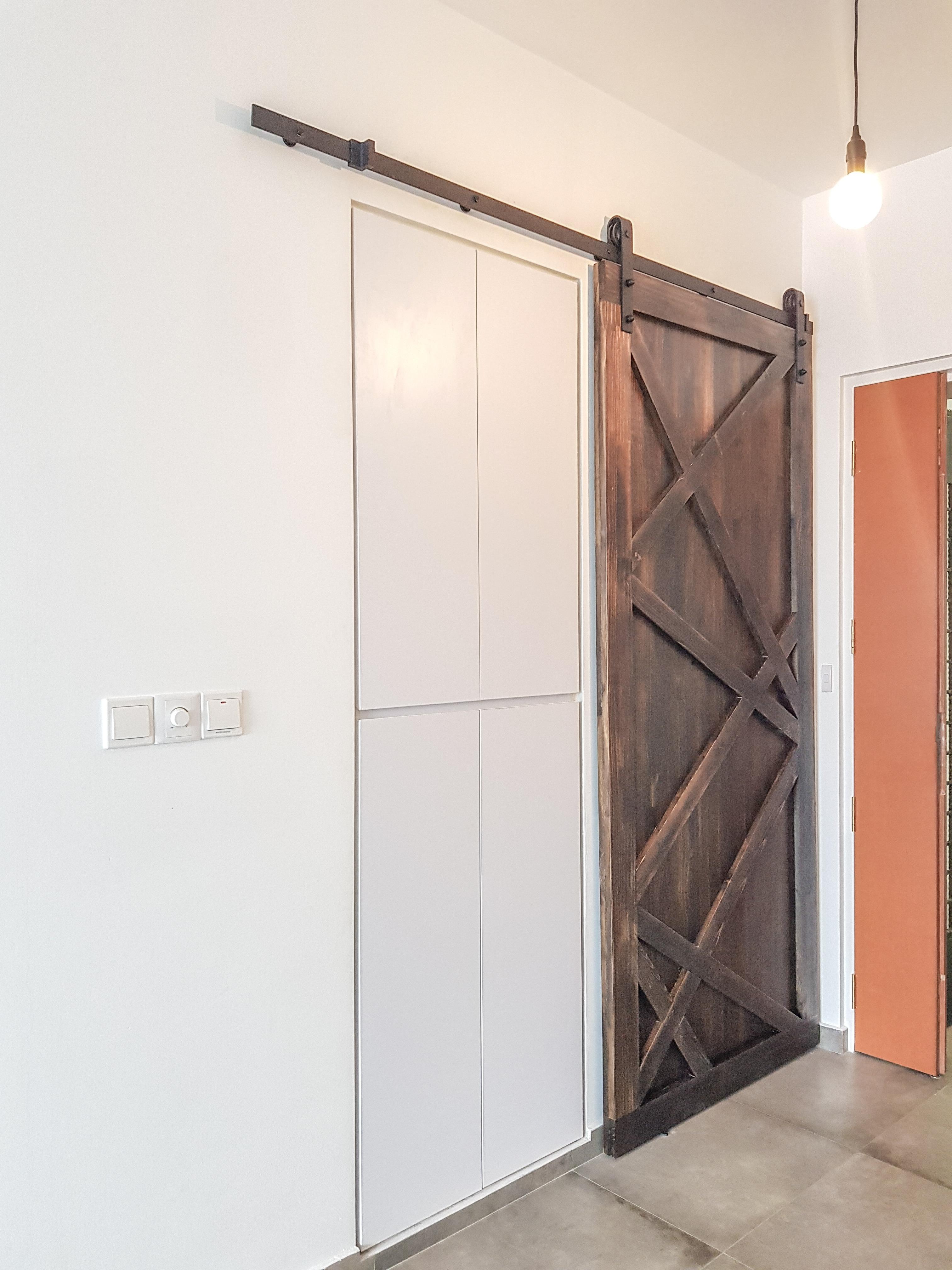 Barn Door 6